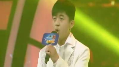 00后翻唱经典青苹果乐园 李朕豪南山南低沉细腻唱进心里
