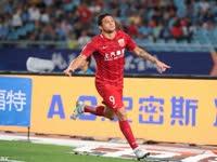 中超-韦世豪助攻埃神破门 苏宁0-1上港6轮不胜