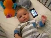 让宝宝不哭的办法 竟是星球大战主题曲