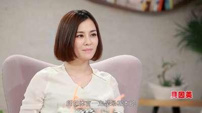 """水蝴蝶钱红智斗馋嘴儿 独家公开育儿绝招""""零食日"""""""