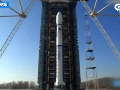 [视频]实拍中国火箭碎片照亮美国西部天空