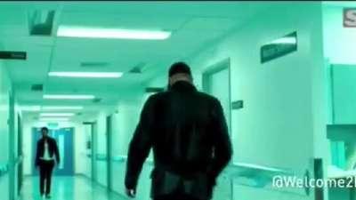 《双雄》 麦卡沃伊新片首曝预告 风格混搭迈克尔曼盖里奇