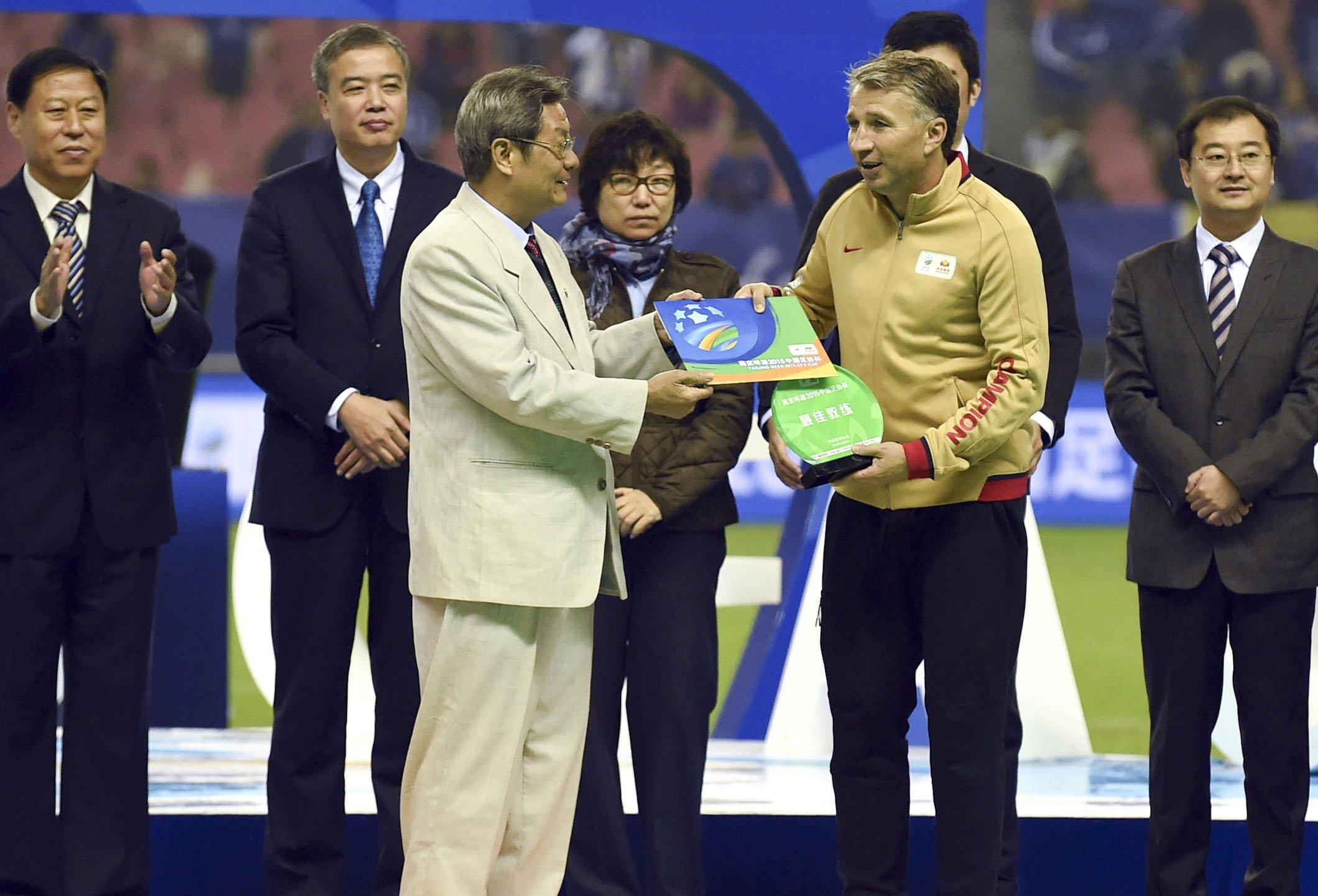 佩帅获得最佳教练