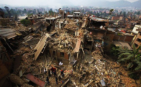 直击尼泊尔8.1级地震来临瞬间