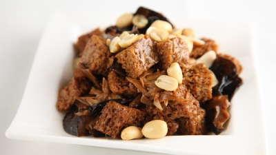 如何制作上海名菜四喜烤麸 健康美味的竹报平安