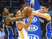 NBA奥兰多魔术队激战正酣