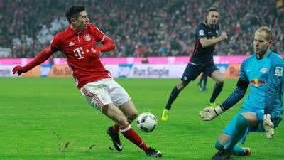经典-蒂亚戈传射莱万建功 拜仁3-0莱比锡