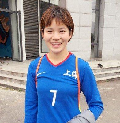 入选了国家队 上海女足张馨却选择25岁就退役