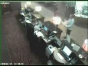 旅店监控拍下54岁男子诱奸2幼女