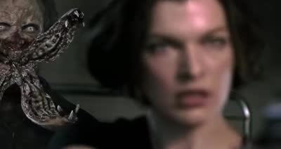 《拳皇》再曝新片段 Maggie Q踢爆前戏