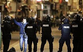 巴黎恐袭致死人数上升至132人