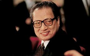 全国人大原委员长乔石同志因病逝世