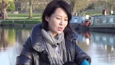 花少团游英国剑桥 剑河上训练赛艇