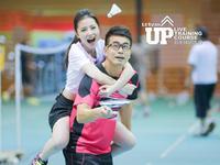 《羽毛球UP训练课》第3期:猪八戒背媳妇可练平衡