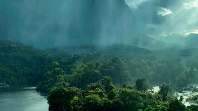 《泰山归来:险战丛林》首曝预告 泰山现标志性嚎叫