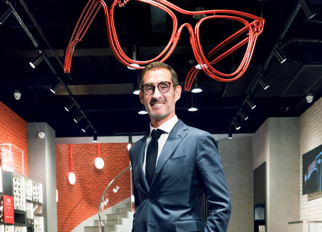 眼镜潮流的永恒代表