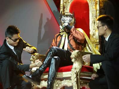银河星爵坐享歌王礼遇