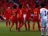 【进球】张睿快速突破推射破门 梅开二度助中国队两球领先