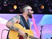 加拿大民谣摇滚The Strumbellas:2017美国Bonnaroo波纳罗音乐节
