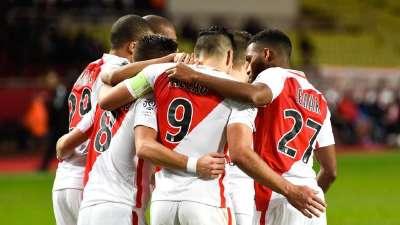 法甲-法尔考点射巴卡约科建功 摩纳哥2-1卡昂