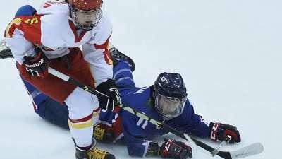 中国女冰点球不敌韩国 提前保证亚冬会银牌