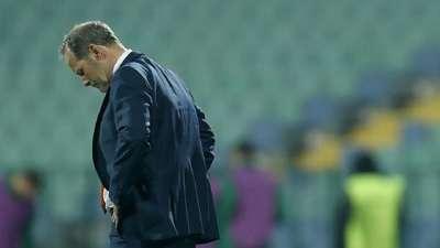 官方:荷兰足协宣布老布林德下课 5战7分出线告急
