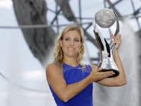 WTA杂志第九期 回顾科贝尔美网登顶后座