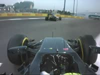 F1阿布扎比站正赛 回放显示巴顿悬挂颠断了