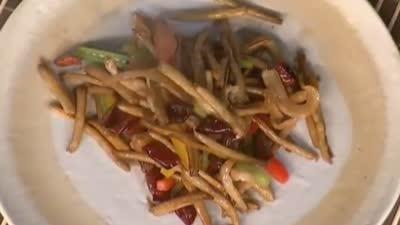 快手菜:香辣茶树菇