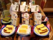 """《超级旅行团》20161222:日本最流行的蛋糕松软可口 传统美食""""角煮""""入口即化"""