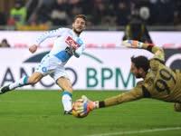 意甲-梅尔滕斯2助库茨卡破门难救主 米兰1-2那不勒斯