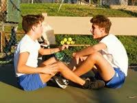 恶搞不是针对谁!奇葩兄弟的网球哲学你看不懂