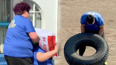 胖友团为减肥暴走20公里 翻轮胎背化肥被虐爆
