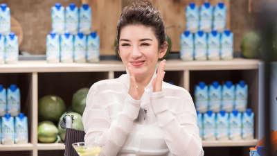 """黄奕现场变""""馄饨西施"""" 自曝遭化妆师拒合作"""