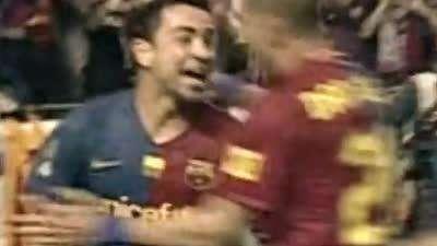 巴萨国王杯战毕尔巴鄂经典球 哈维任意球阿比远射