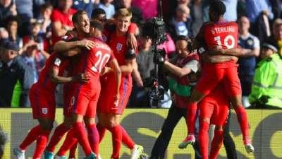 比赛报告:苏格兰2-2英格兰 三狮军团3分钟连丢2球