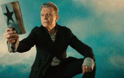 2017年第59届格莱美奖提名:最佳摇滚表现 / 最佳摇滚歌曲 David Bowie /Blackstar