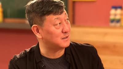 韩磊严厉教学吓到学生 跨年代合唱火花四溅