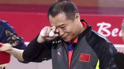 王涛被乒乓球砸眼 Ella肉身诱惑刘国梁