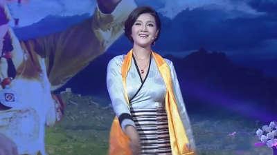 高原最美女中音 降央卓玛自嘲犯傻