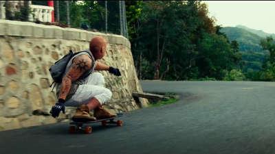 《极限特工3:终极回归》极限运动片段:山路疯狂滑板