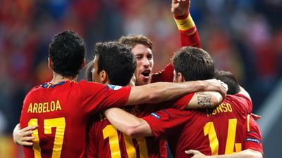 【经典回顾】阿隆索百场2球 12欧洲杯西班牙2-0淘汰法国