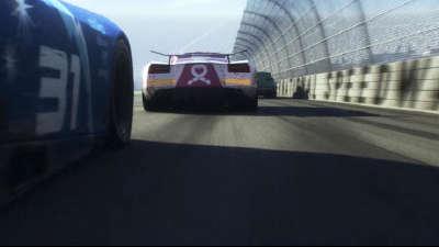 《赛车总动员3》新预告老司机翻车 闪电麦坤遇强劲对手