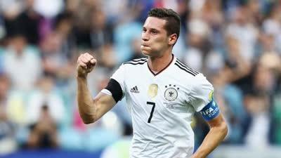 格雷茨卡造点 德拉克斯勒点射破门德国2-1再领先