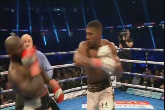 泰森gif重拳