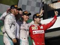 F1澳大利亚正赛集锦:阿隆索撞车搅局 梅奔一二