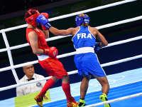 尹军花笑言自己左撇子拳击手 争取下届奥运还没男友