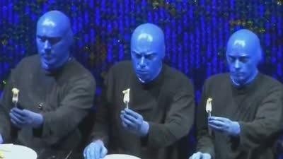 众演员歌手助阵《蓝人秀》
