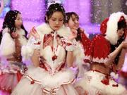 SNH48零下10度为新歌拍MV 露雪肌蛮腰冻成冰美人