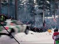 赛车从头顶飞过!零距离实拍WRC瑞典站跳坡Day3